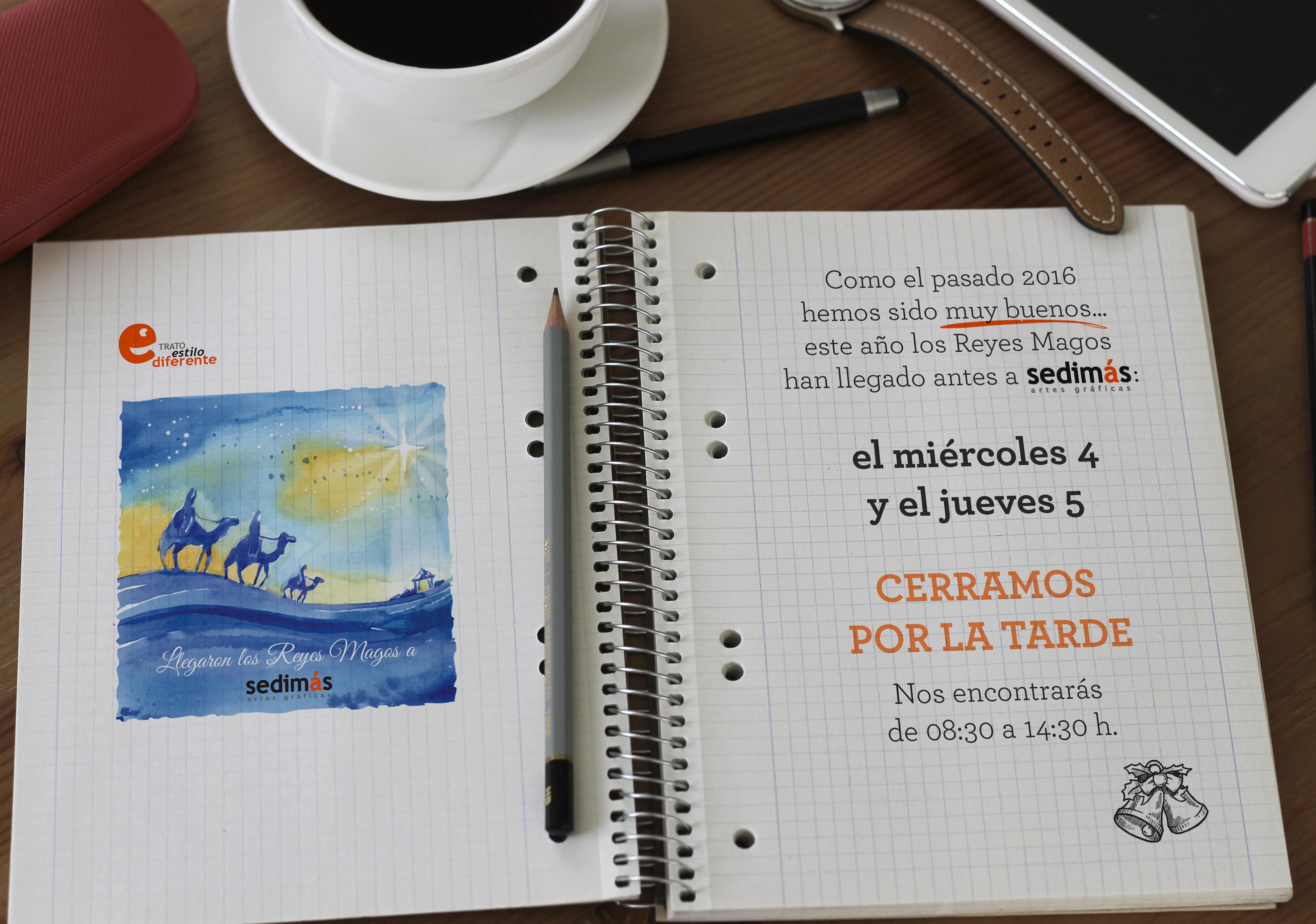 cuaderno notificando que cerramos el miércoles 4 y el jueves 5 por la tarde
